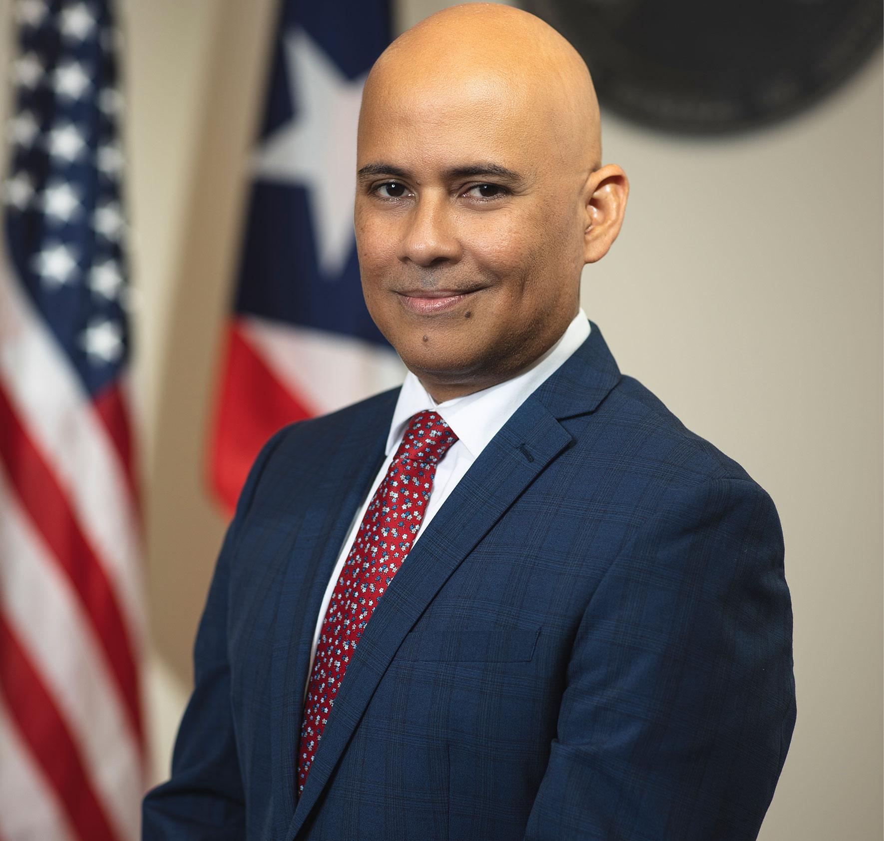 Hon. Sigfrido Steidel Figueroa